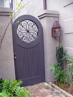 Lilac wooden shaped Garden Gate/mynottinghill.blogspot.com