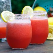 summer drink, strawberri lemonad, lemonad vodka, summer porch, strawberries, cocktail, recip, strawberry lemonade, vodka drinks