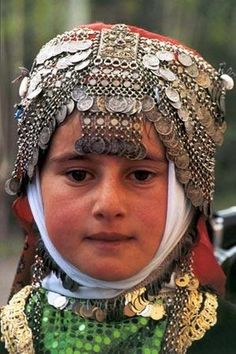 Traditional festive headgear from the Beyşehir region (Konya province). Late-Ottoman style, ca. Ethnic Jewelry, Jewellery, Asian Kids, Kerchief, The Little Prince, People Of The World, Hair Ornaments, Headgear, Headdress