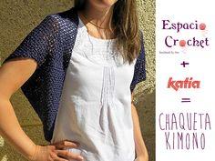 Craft Lovers ♥ Chaqueta kimono por Espacio Crochet | http://www.katia.com/blog/es/craft-lovers-patron-ganchillo-chaqueta-kimono-por-espacio-crochet/