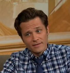 Castle Star Seamus Dever Dishes on Caskett's Future, Esposito and Ryan, and His Love of Karaoke (VIDEO)