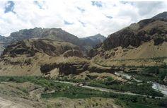 Google Image Result for http://www.walkthroughindia.com/wp-content/uploads/2010/07/Vindhyachal-Mountain-Ranges.jpg    Vindhya Mountain Range