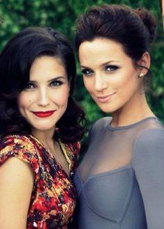 Sophia Bush and Shantel VanSanten....love their makeup!