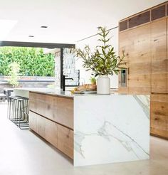 Modern Kitchen Interior - Last week, I wrote a post featuring 10 restaurant interiors to inspire your kitchen renovation Outdoor Kitchen Countertops, Modern Kitchen Cabinets, Marble Countertops, Modern Kitchen Design, Wood Cabinets, Interior Design Kitchen, Kitchen Ideas, Kitchen Wood, Modern Interior