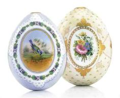 TWO PORCELAIN EASTER EGGS BY THE IMPERIAL PORCELAIN FACTORY, ST PETERSBURG, CIRCA 1860-1870