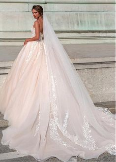 Buy discount Attractive Tulle Spaghetti Straps Neckline Ball Gown Wedding Dress With Beaded Lace Appliques at Dressilyme.com