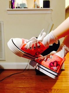 THE STUDIO COMMISSARY: Awesome shoes! Some worn by Gene, some by others (pic heavy)  -  (9 PICS)  -  Posted by Karen in NC [Email User] on February 15, 2016, 4:48 pm.  This picture: Handpainted sneakers--adorableness, also on Jenny.