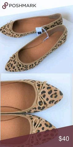 Women's GAP Ballet Flat's These cute and trendy ballet flat's from GAP are so on point with current trend ! They feature a pointed toe, rubber sole,padded foot bed , fabric upper, synthetic. They are new with tags without box. GAP Shoes Flats & Loafers