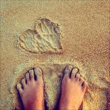 some of the best things are free like sticking your toes in warm, wet sand, good for the soul