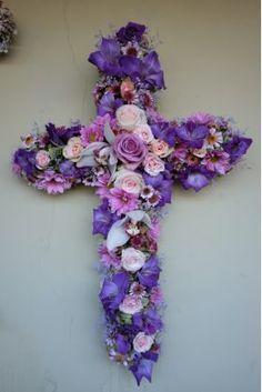 ჯვარი Crosses, Funeral, Hanukkah, Floral Wreath, Wreaths, Home Decor, Homemade Home Decor, Flower Crowns, Door Wreaths