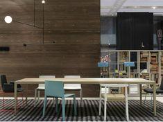 mesa de madera muy larga para el comedor moderno
