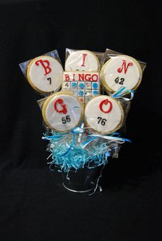 BINGO cookies - so pretty! Looking for more delicious bingo cookies Bingo Cake, Bingo Party, Casino Theme Parties, Casino Party, Party Themes, 75th Birthday, Mom Birthday, Birthday Parties, Cookie Games