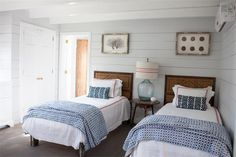 Dunmore Town Beach House Tour Beach house bedroom ideas guest rooms () Beach inspired coastal decor for the beach lover in you Beach House Tour, Beach House Bedroom, Beach House Decor, Home Bedroom, Bedroom Decor, Home Decor, Beach Houses, Beach Cottages, Lake House Bedrooms