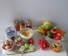 Preparation Table Miniature table - Mesa  miniatura http://ivanigrande.blogspot.com.br/ https://www.etsy.com/pt/shop/MiniaturaBrasileira