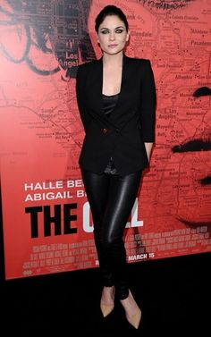 "Jodi Lyn O'Keefe Photos - Premiere Of Tri Star Pictures' ""The Call"" - Red Carpet - Zimbio"