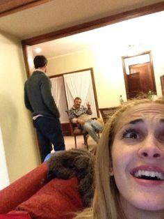 Cuando mi mejor amigo @augustoardilesd me visita y termina hablando de política con mi papa... HELP!!