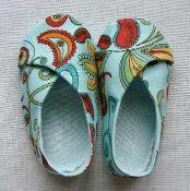 Baby Kimono shoes - via @Craftsy