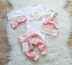 Coming home outfit-hello world-baby girl clothes-baby-girl-clothes-newborn outfit-baby-girl