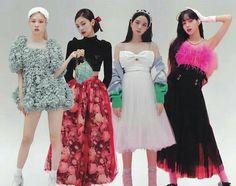 Black Pink Songs, Black Pink Kpop, Blackpink Fashion, Kpop Fashion Outfits, Kim Jennie, Blackpink Poster, Blackpink Funny, Blackpink Photos, Blackpink Jisoo