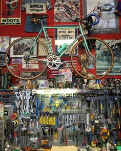 """thebicycletree: """"Vecchio's in Boulder. Not many shops like this still around. by cyclingtips http://ift.tt/1LPjf3q """""""