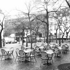 11h, c'est le matin à Paris.