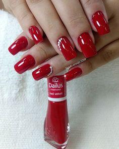 New nails acrilico rojas ideas Classy Nails, Stylish Nails, Cute Nails, Pretty Nails, Red Nails, Hair And Nails, Red Nail Designs, Nail Arts, Christmas Nails