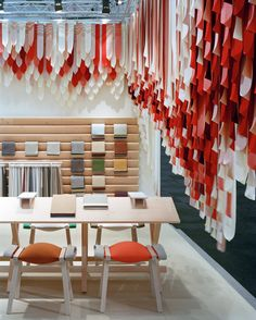 Share Design_The Picnic By Raw Edges by kvadrat.dk hanging fabric reds to white Display Design, Booth Design, Store Design, Exhibition Stand Design, Exhibition Display, Interactive Exhibition, Exhibition Space, Ribbon Display, Fabric Display