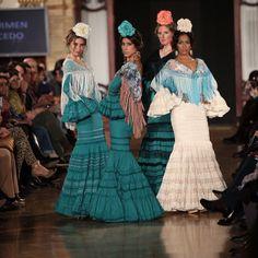 Continúa el desfile de Carmen Acedo en#weloveflamenco Flamenco Dresses, Flamenco Costume, Spanish Dance, Romantic Lace, Fishtail, Dance Outfits, Mermaid, Costumes, Chic