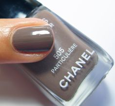 """CHANEL Nail 505 """"Particular"""""""