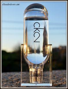 ck2-calvin-klein-2 eltocadordevero  nueva fragancia de Calvin Klein. Fresca y con un olor joven y actual. La recomiendo.