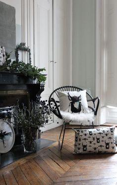 Retrouvez dans Rosanna Spring - Le Blog les dernières Tendances, ses Coups de Cœur et tout ce qu'elle pourrait avoir envie de vous raconter. Coups, Spring, Accent Chairs, Blog, Furniture, Home Decor, Envy, Latest Trends, Upholstered Chairs
