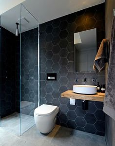 Modern bathroom design gives a bathroom not only a clean and simplistic feeling, but also improved convenience and function. A modern bathroom thus needs not only to look modern, but also to have a… New Bathroom Ideas, Bathroom Trends, Modern Bathroom Design, Bathroom Inspiration, Bathroom Interior, Bathroom Designs, Modern Bathrooms, Workspace Inspiration, Small Bathrooms
