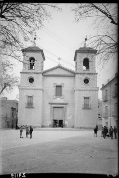 San Juan church is impresive. Would it be possible to upload more pictures of others churches in the city that were taken around 1930 by photographer Antonio Passaporte Murcia: Business Center Metropolis Empire - Page 352