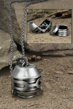 The silver parachute necklace. (Interesting design for the parachute.) #TheHungerGames