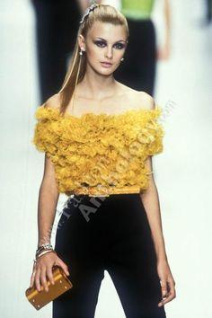 CHRISTIAN DIOR (pret a porter / boutique) Autumn Fall Winter 1996 / 1997 - paris fashion week - Designer: Gianfranco Ferre - Trish Goff