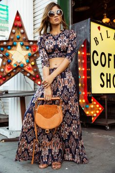 .Retro 60s & 70s Style :: Beautiful Festival Outfits :: ZAIMARA Vintage :: Summer Inspirations :: Gypsy Prints :: Hippie☮ :: Boho Chic Style :: Spread Love and Keep Positive :: Free Spirit:: Indie Folk::
