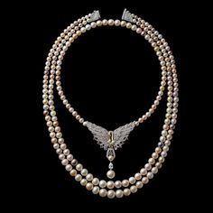 This three-strand natural pearl necklace was created in 2016 in tribute to Pierre Cartier and his 1917 purchase of the New York mansion.