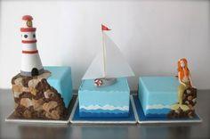 Nautical Mini Cakes