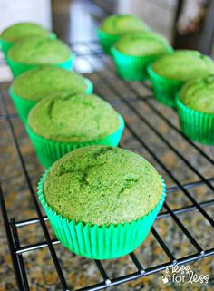 Spinach Muffin Recipe - Healthy and Delicious! Used a whole bag of spinach. Use less sugar next time. Really doesn't taste like anything