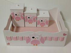 Kit higiene para quarto de menina! Tema coruja! Pode ser feito no tema que você escolher e na cor que desejar!