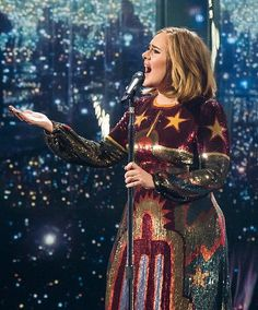 Adele performing 'When We Were Young' at the 'BRIT Awards Beautiful Voice, Beautiful People, Adele Daydreamer, Brit Awards 2016, Adele Photos, Adele Adkins, Music Icon, Celebs, Celebrities