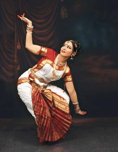 PURNNIEMA SONI IN BHARATANATYAM NRITA POSTURES Tillana This Bharatanatyam piece usually has a charana, a meaningful piece of lyrics with an abinaya passage.