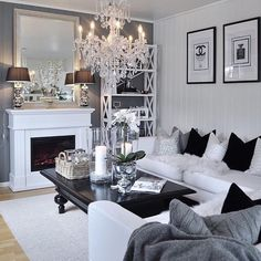 Love the coffee table styling