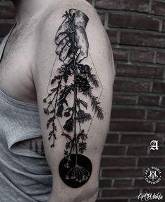 25015540_817607221755630_8478692997708382208_n.jpg Reposted Via @artmakia_tattoo