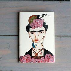Serkan Akyol illustrasyonlariyla Atelier Mono defterler Lunapark Shop, Galata'da #lunaparkshop #lunaparktasarim #turkishverymuch #galata #galatatower #serdariekrem #conceptstore #giftstore #designer #istanbul #shop #shopping #serkanakyol #ateliermono #notebook #illustration #frida#art#stationary #love#passion#vscocam #igersdaily #instafollow #igersturkey #turkishfollowers