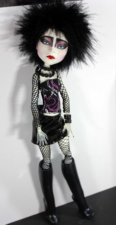 Siouxsie Tribute Doll #20 Monster High Art Doll Repaint by Refabrications