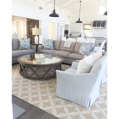 """@brookewagnerdesign's photo: """"2 client meetings, 2 installs... just another Friday at BWD. #divideandconquer #bwd #interiordesign #customfurniture #highendliving #coastaltransitional #greatroom #weekendready"""""""