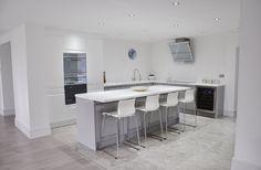 Viseu Handleless Grey & White High Gloss Kitchen with Smeg Appliances