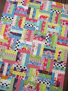 Loulouthi~Beach Huts by Red Pepper Quilts (jelly rolls) Jellyroll Quilts, Scrappy Quilts, Easy Quilts, Small Quilts, Quilting Projects, Quilting Designs, Sewing Projects, Sewing Ideas, Rail Fence Quilt