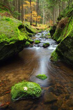 Fotografía entre as rochas de Martin Rak nd 500px